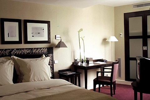 Classic_Room_Le_Senat_paris_hotels.jpg